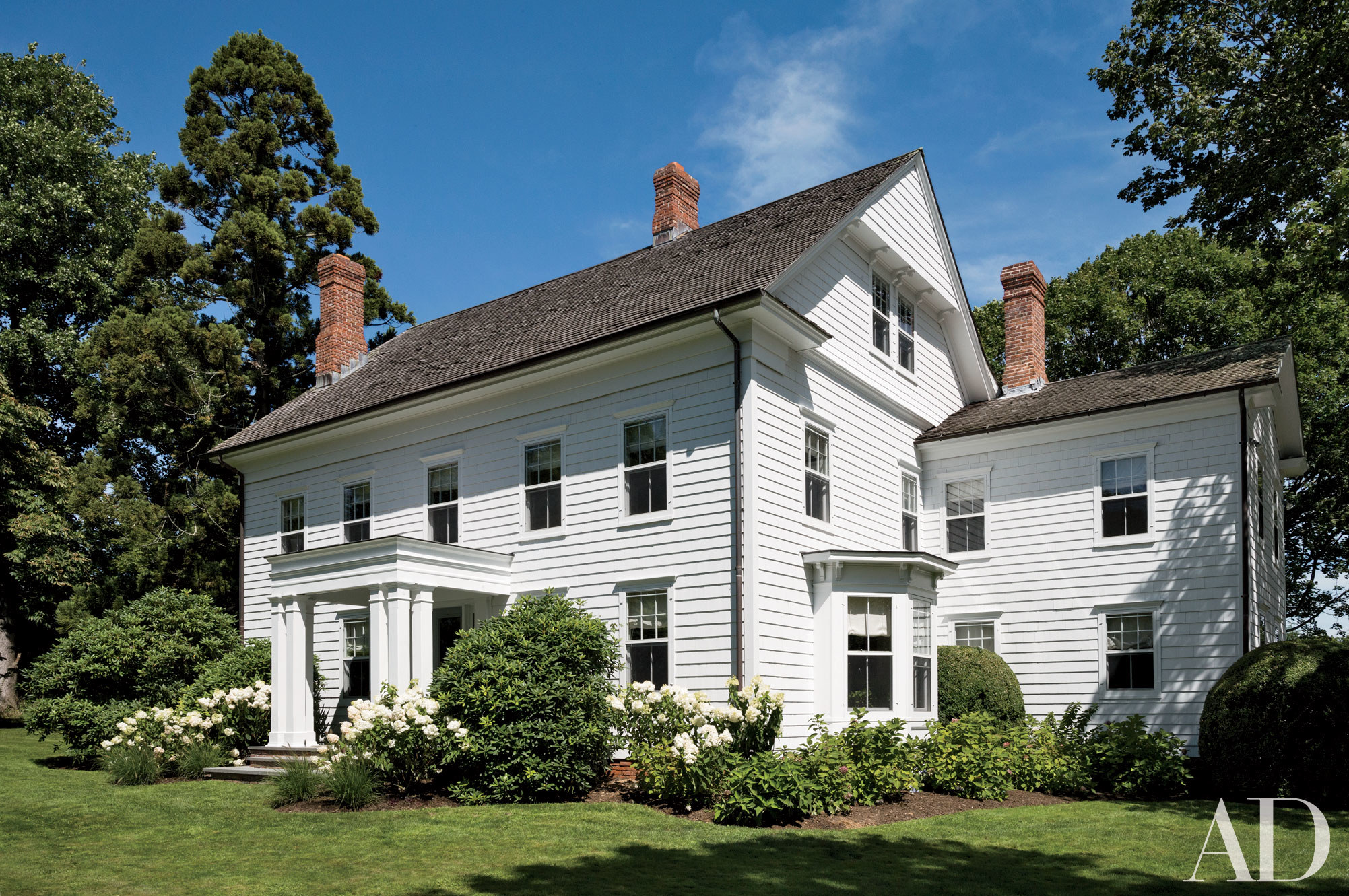 Traditional home design with cedar roofs cedar roof for Conventional homes